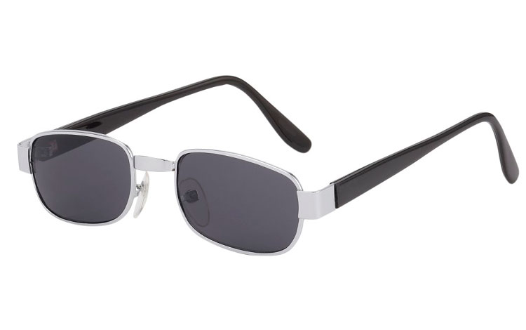 ccea4cb74637 Billig Firkantet solbrille i sølvfarvet metal stel med sorte stænger - Sveriges  billigaste solglasögon