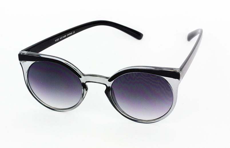 aa06eb153 Rund solbrille i smokey med sort kant - Design nr. s1021 i Runde ...