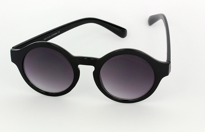 32c8eb0f2be1 Lækker rund kvinde solbrille i mat sort - Design nr. s1108 i Runde ...