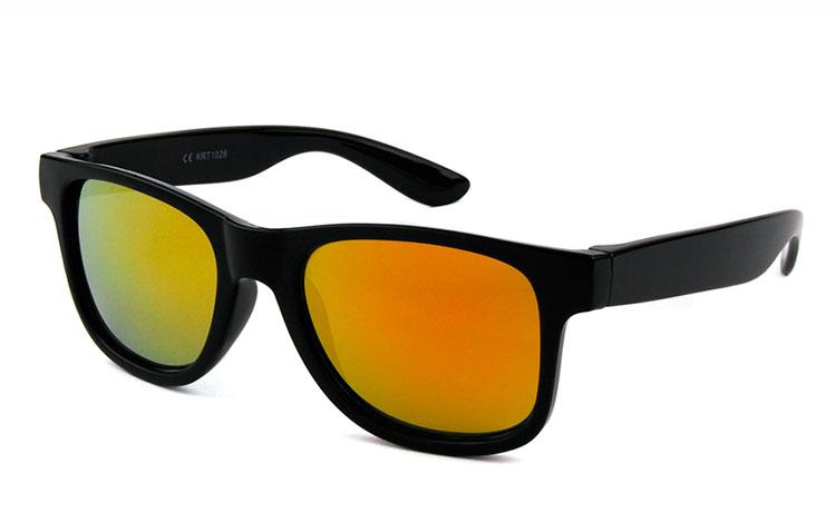 b06ffedf2d3c Solbriller til børn til lavpris. Vi har de fede modeller. Køb her.