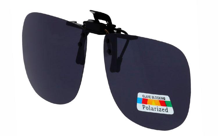 2708c47c0533 Firkantet clip-on solbriller med runde hjørner med mørke POLAROID glas - Design  nr.