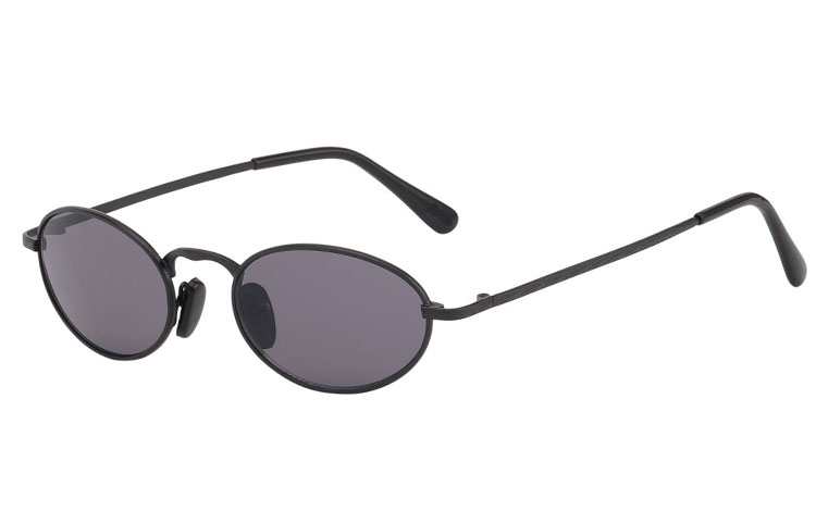 Oval metal solbrille i mat sort stel - Design nr. 3550