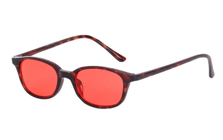 1426113a4445 Solbrille i mørkt rød-brunt skildpadde   leopard stel med røde glas -  Design nr