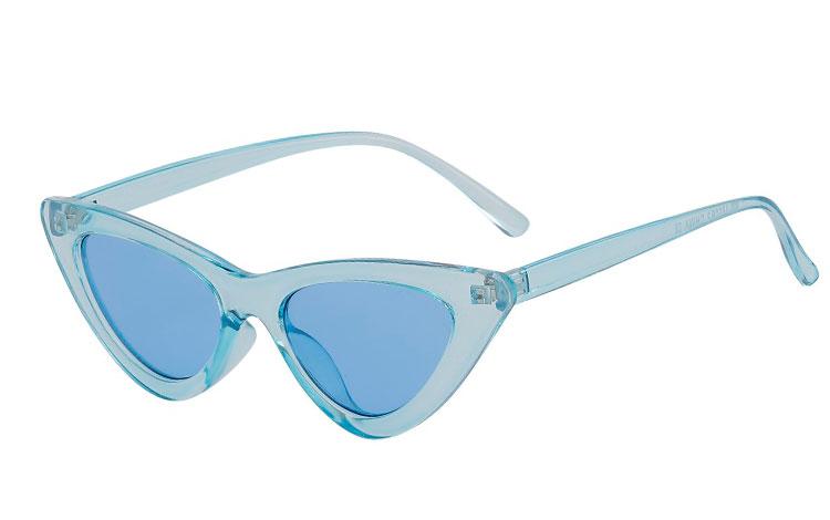 ebf532620019 Fræk lysblå cateye   katteøje solbrille med blå glas - Design nr. 3677