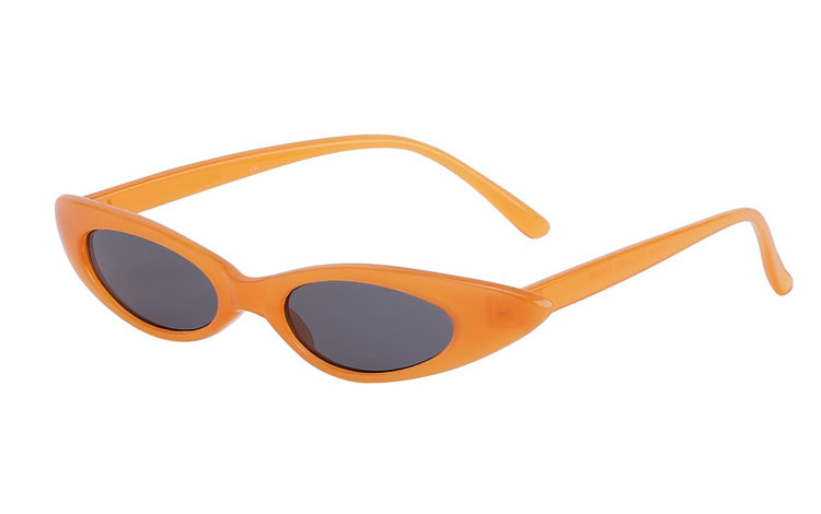 Cateye / katteøje solbrille med attitude i smokey orange - Design nr. 3688